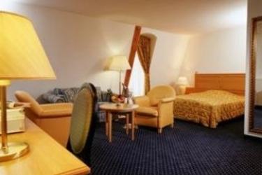 Hotel Golden Tulip Schloss Neustadt-Glewe: Bedroom NEUSTADT - GLEWE