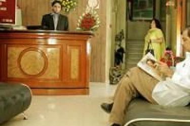 Hotel Bb Palace: Hall NEW DELHI