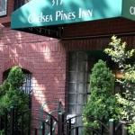 Hotel Chelsea Pines Inn