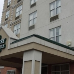 Hotel Queens County Inn And Suites
