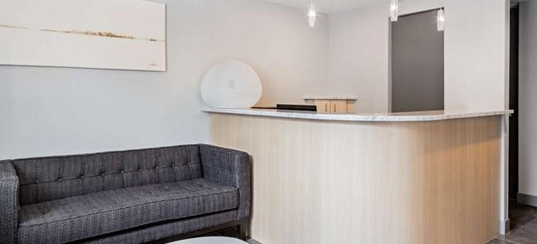 Tune Hotel Newcastle: Lobby NEWCASTLE UPON TYNE