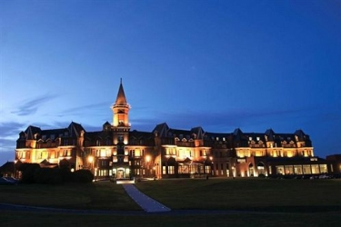 Hotel Slieve Donard Resort & Spa: Esterno NEWCASTLE