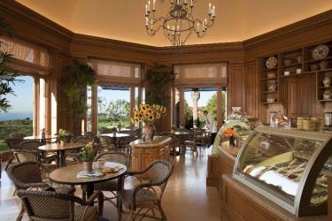 Hotel Resort At Pelican Hill: Bar NEWPORT BEACH (CA)
