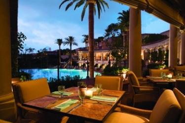 Hotel Resort At Pelican Hill: Restaurant NEWPORT BEACH (CA)
