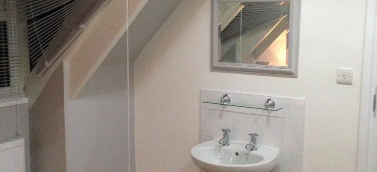 Hotel Breakers Lodge: Bathroom NEWQUAY