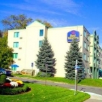 Hotel Quality Niagara Falls Fireside