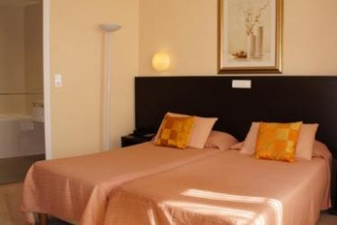 Hotel Ambassador: Bedroom NICE