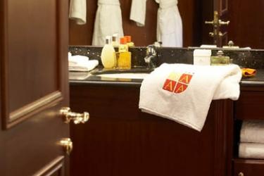 Hotel West End: Badezimmer NIZZA