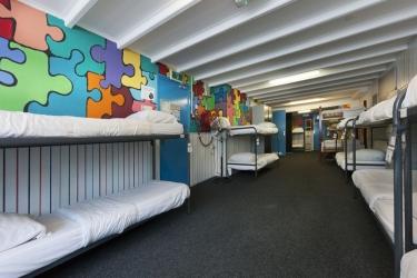 The Flying Pig Beach Hostel: Chanbre NOORDWIJK AAN ZEE