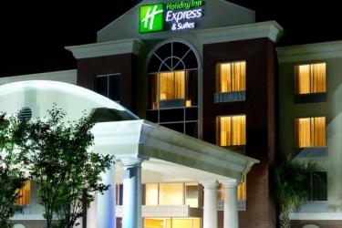 Hotel Holiday Inn Express & Suites Charleston-North: Façade Hotel – Soir / Nuit NORTH CHARLESTON (SC)