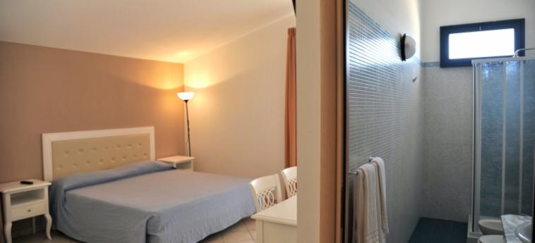 Hotel Calabernardo Resort: Camera Matrimoniale/Doppia NOTO - SIRACUSA