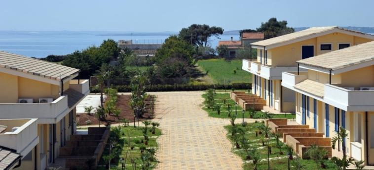 Hotel Calabernardo Resort: Esterno NOTO - SIRACUSA