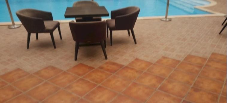 Hotel Wissal: Piscina Exterior NOUAKCHOTT