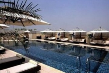Svelte Hotel & Personal Suites: Swimming Pool NUEVA DELHI