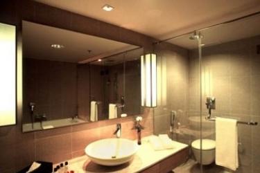 Svelte Hotel & Personal Suites: Bagno NUOVA DELHI