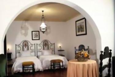 Hotel The Literary Man Obidos: Bedroom OBIDOS