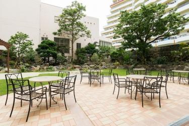 Naha Central Hotel: Courtyard OKINAWA ISLANDS - OKINAWA PREFECTURE