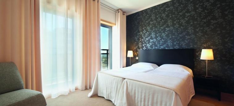 Hotel Real Marina Residence: Bedroom OLHAO - ALGARVE