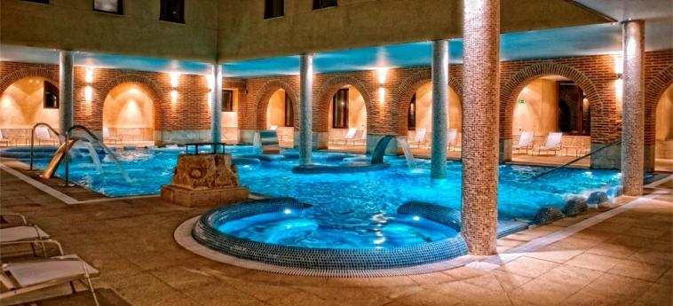 Hotel Castilla Termal Balneario De Olmedo: Swimming Pool OLMEDO