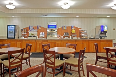 Holiday Inn Express Hotel & Suites Lacey: Ristorante OLYMPIA (WA)