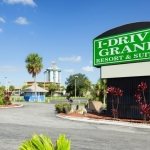 I-DRIVE GRAND RESORT & SUITES 1 Stern