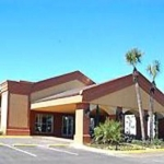 ECONO LODGE INN & SUITES NEAR FLORIDA MALL 3 Stars