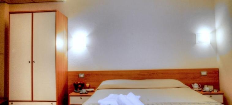 Hotel Baia Marina: Chambre Double OROSEI - NUORO