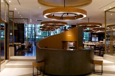 Moriguchi Royal Pines Hotel: Lobby OSAKA - OSAKA PREFECTURE