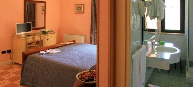 Hotel Villa Rosa Antico: Camera Matrimoniale/Doppia OTRANTO - LECCE