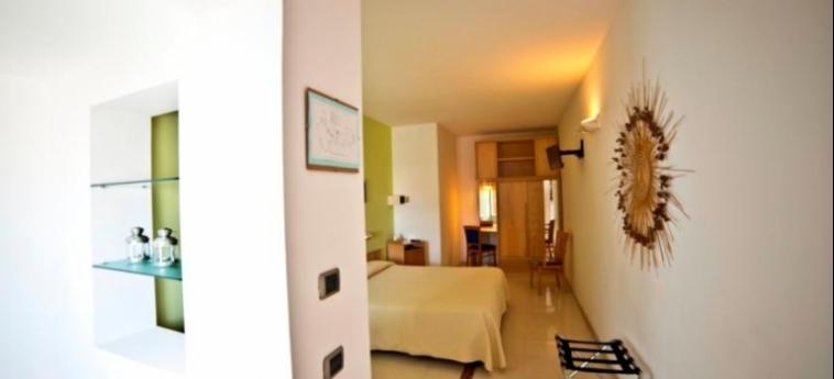 Hotel Albania: Schlafzimmer OTRANTO - LECCE