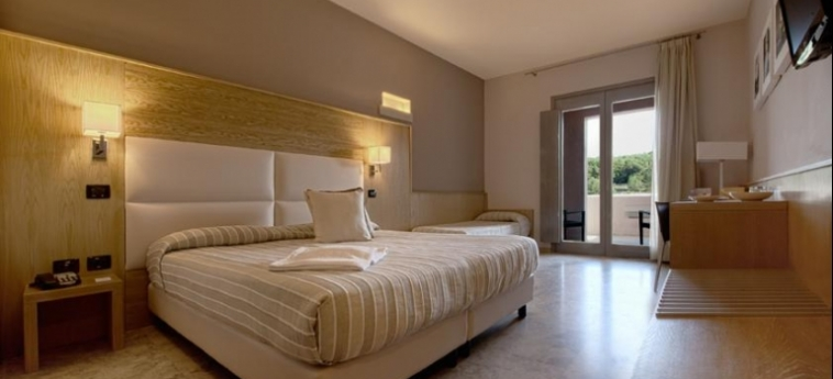Basiliani - Cdshotels: Camera Matrimoniale/Doppia OTRANTO - LECCE