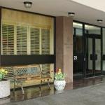 Embassy Hotel & Suites