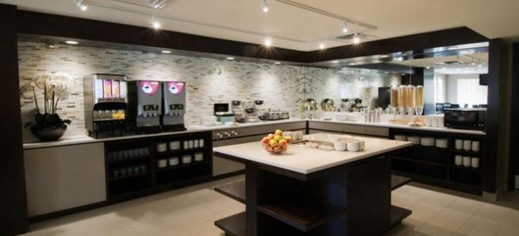 Hotel Best Western Plus Ottawa Downtown Suites: Desayuno OTTAWA