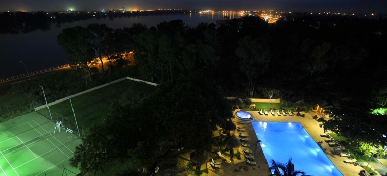 Hotel Sopatel Silmande: Swimming Pool OUAGADOUGOU