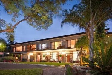 Miles B&b Guesthouse: Hotel Davor-Abend/Nacht OUDTSHOORN
