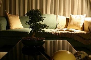 Miles B&b Guesthouse: Lobby sitting area OUDTSHOORN
