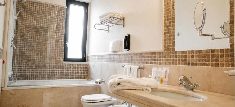 Grand Hotel Paestum: Bathroom PAESTUM - SALERNO