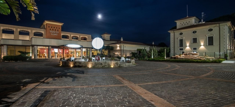 Grand Hotel Paestum: Dettagli Strutturali PAESTUM - SALERNO