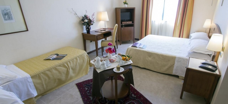 Grand Hotel Paestum: Room - Family PAESTUM - SALERNO