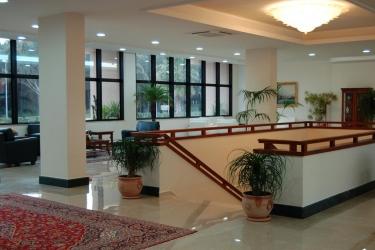 Hotel Minerva Resort: Hotelhalle PAESTUM - SALERNO