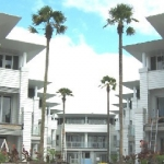 WATERFRONT SUITES 4 Stars