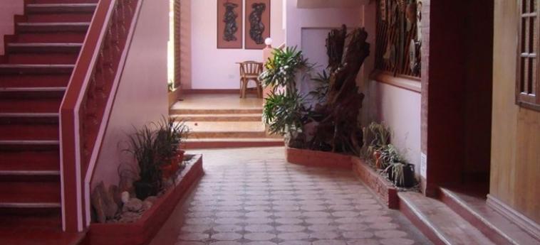 Lola Itang Pension: Exterior PALAWAN ISLAND