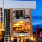 LA CHARICA INN AND SUITES 2 Stars