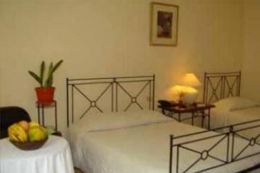 Hotel Asturias: Schlafzimmer PALAWAN ISLAND