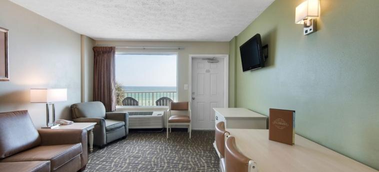 Hotel Legacy By The Sea: Sala de estar PANAMA CITY BEACH (FL)