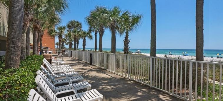 Hotel Legacy By The Sea: Terraza / Patio  PANAMA CITY BEACH (FL)