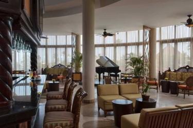 Hotel Dreams Delight Playa Bonita: Bar PANAMA CITY