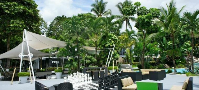 Riande Aeropuerto Hotel & Casino: Gartenaussicht PANAMA-STADT