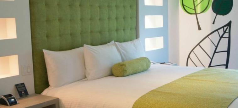 Riande Aeropuerto Hotel & Casino: Komfort Zimmer  PANAMA-STADT