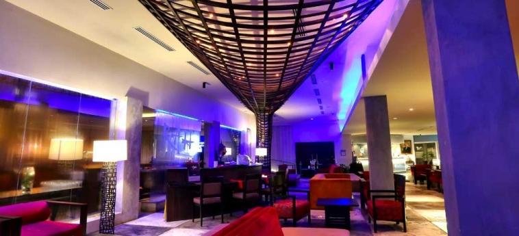 Riande Aeropuerto Hotel & Casino: Lobby PANAMA-STADT